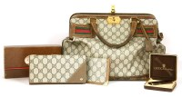 Lot 1096 - A vintage Gucci handbag