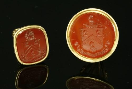 Lot 14-A Georgian gold intaglio carved hardstone seal