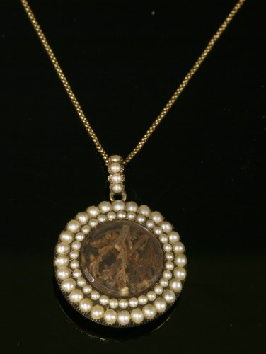 Lot 2-A Georgian split pearl circular glazed pendant