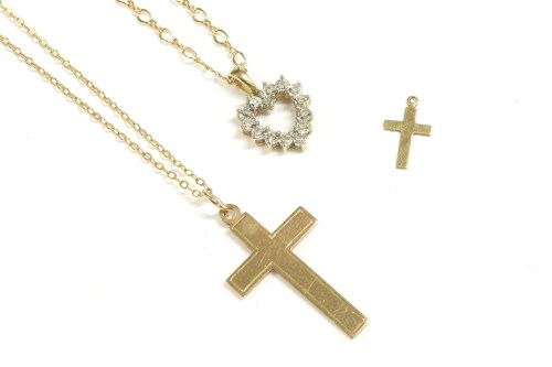 Lot 61-A 9ct gold diamond heart pendant