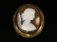 Lot 26-A Victorian Etruscan-style cased gold shell cameo brooch/pendant