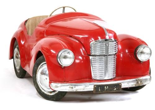 Lot 308 - An Austin `J40' pedal car