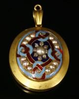 Lot 29-A Victorian gold Renaissance Revival pearl