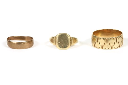 Lot 35-A gold wedding band