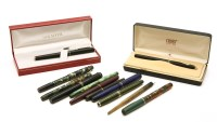 Lot 86 - A collection of vintage pens