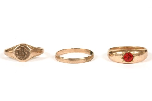 Lot 3-A gold single stone paste ring