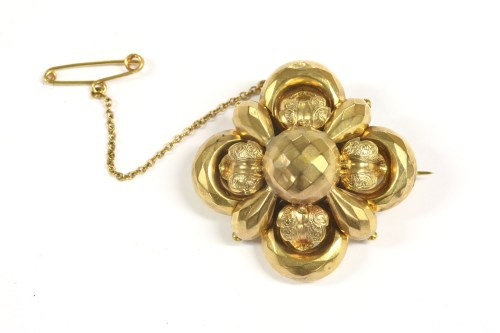 Lot 21-A cased Victorian quatrefoil brooch