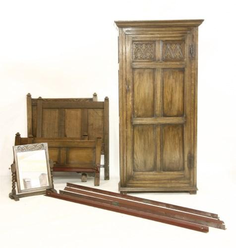 Lot 650-An Ipswich carved oak bedroom suite