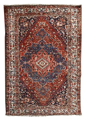 804 - A large west Persian Bakhtiari carpet