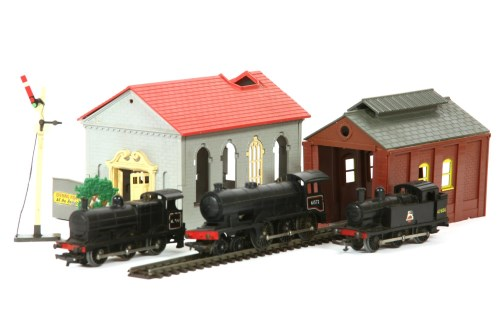Lot 295-Hornby '00' gauge trains and rolling stock