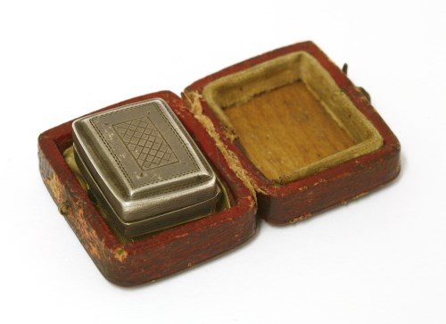 Lot 12-A small George IV silver vinaigrette