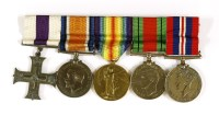 461 - A WWl Military Cross group of three medals