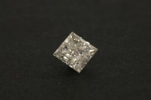 Lot 34-An unmounted princess cut diamond