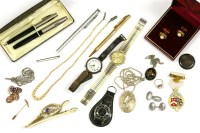 Lot 92-A collection of costume jewellery