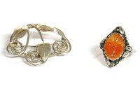 Lot 35-A sterling silver agate ring