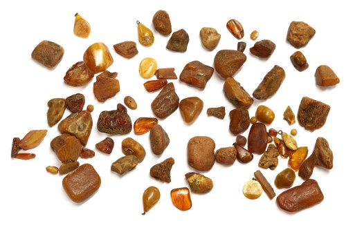 Lot 70-A collection of amber pieces