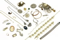 Lot 43-A collection of jewellery