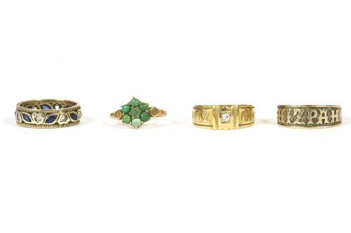 Lot 1-Four assorted rings