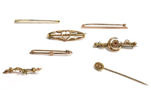 Lot 31-Seven assorted bar brooches
