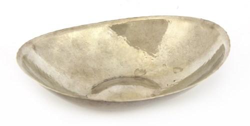 Lot 45 - A stylish modern silver bon bon dish
