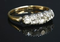 Lot 41-An early 19th century five stone graduated diamond ring