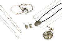 Lot 32-A collection of silver jewellery