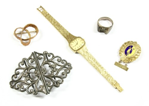 Lot 30-A collection of costume jewellery