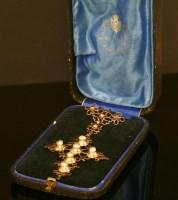 Lot 20-A Georgian gold garnet and pearl cross