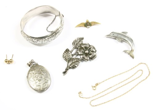 Lot 31-A collection of costume jewellery