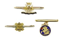 Lot 6-A gold Argyll and Sutherland Highlander's crest bar brooch