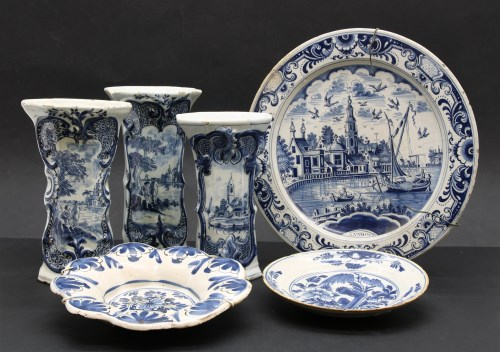 Lot 51-An 18th century Dutch Delft charger