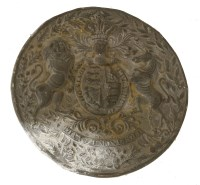 Lot 503-A cast lead UK coat of arms