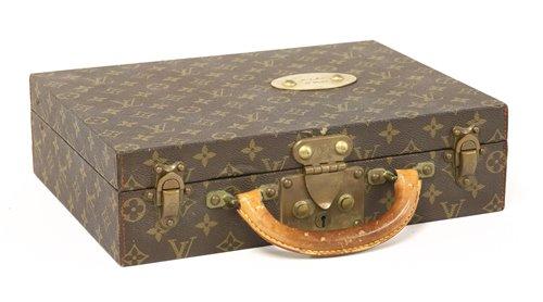 Lot 770 - A Louis Vuitton jewellery travel case