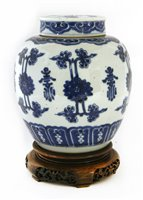 Lot 48-A Chinese blue and white jar and cover