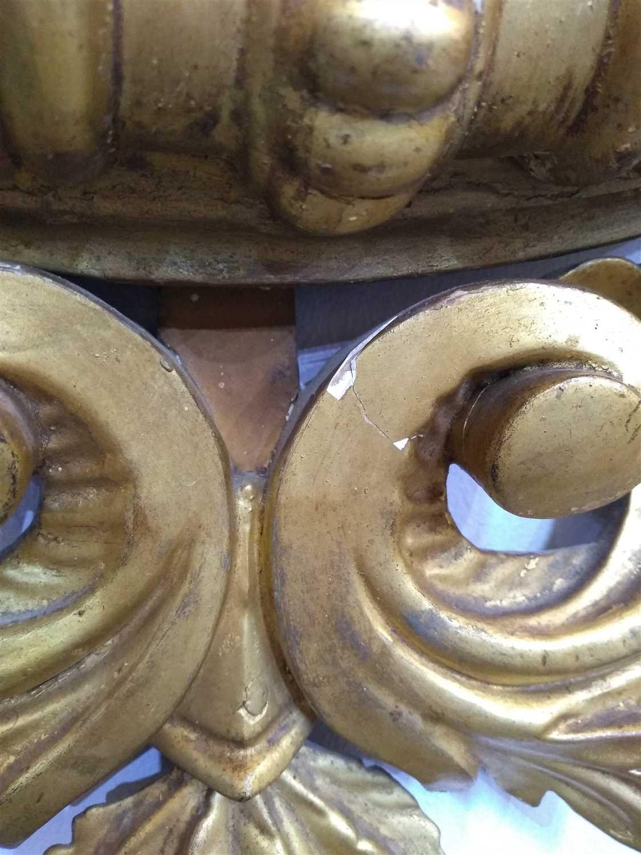 A Regency giltwood convex wall mirror,