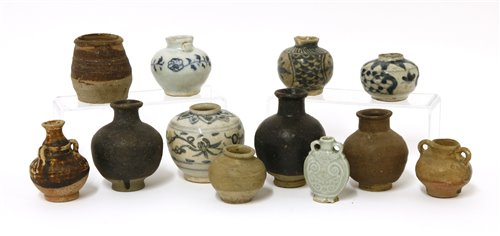 Lot 19-A collection of Chinese jarlets