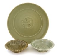 Lot 23 - A Chinese Longquan celadon plate