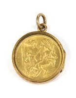 Lot 21-A George V half sovereign, dated 1914