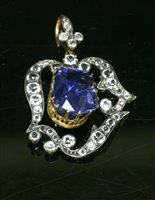 33 - A cased Victorian unheated sapphire pendant,