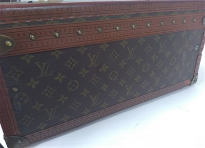 Lot 771-An early 20th century Louis Vuitton suitcase