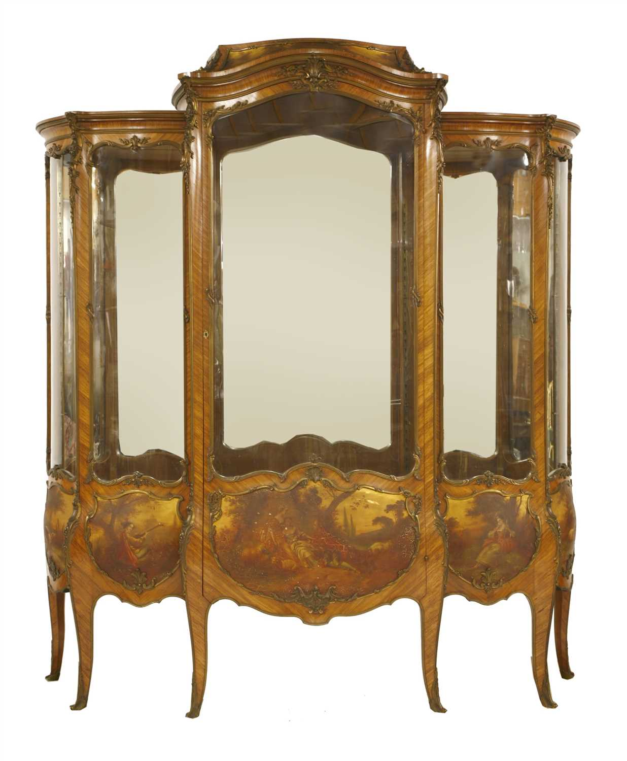 826 - A French kingwood and gilt bronze-mounted vitrine,