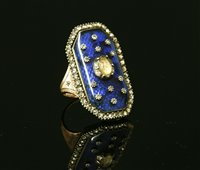 Lot 8-A Georgian diamond and enamel plaque ring, c.1800
