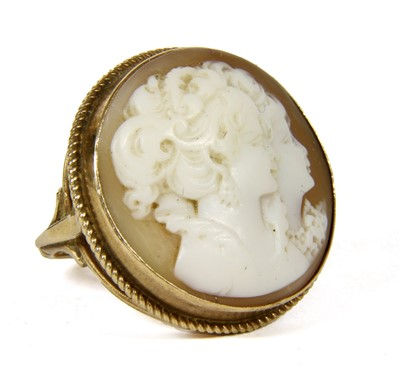Lot 12-A 9ct gold shell cameo ring