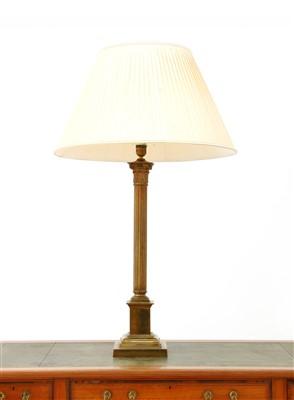 Lot 116 - A brass Corinthian column table lamp