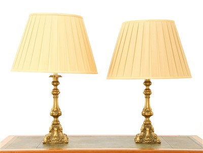 Lot 111 - A pair of brass table lamps