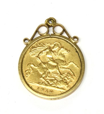 Lot 5A-A half sovereign gold pendant coin dated 1910