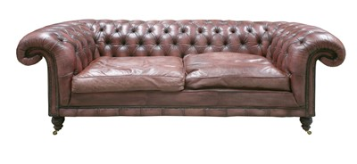 Lot 152 - A modern leather three-seater chesterfield settee