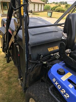 Lot 210 - An Iseki 5XG22 ride-on mower