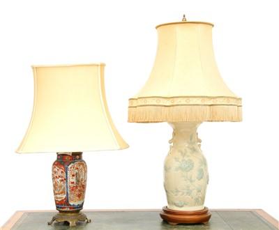 Lot 172 - A Japanese Imari vase table lamp