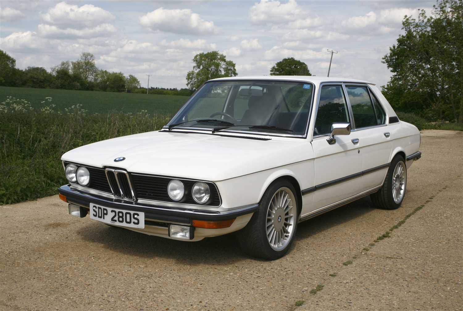 Lot 2-1977 BMW 528a four-door saloon
